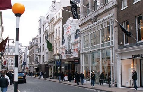 The World's 10 BEST SHOPPING STREETS in the Best Shopping