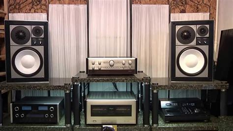 Accuphase P-800 Accuphase C-200V Technics SB-1000 - Yello