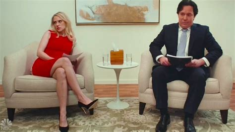 SNL's Hilarious 'Marriage Story' Parody With Kellyanne and