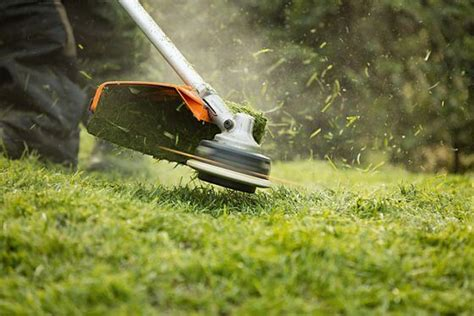 Your Guide To Grass Trimmers, Brushcutters & Clearing Saws
