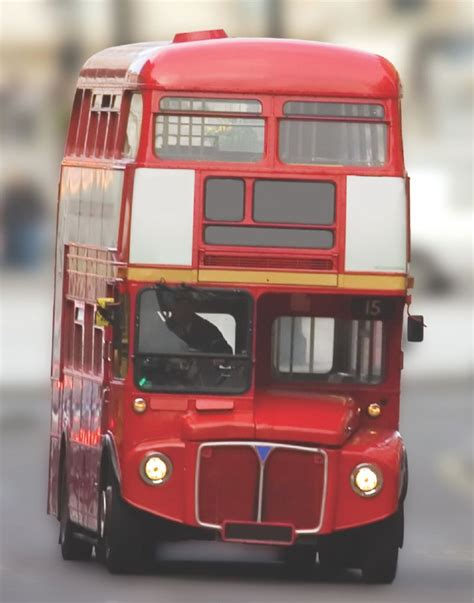 Why are London buses red? – How It Works