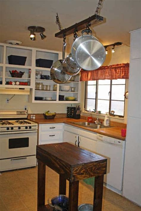 32 Super Neat and Inexpensive Rustic Kitchen Islands to
