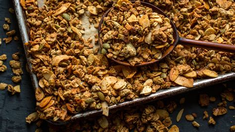 Granola That's Packed With Clusters - The New York Times